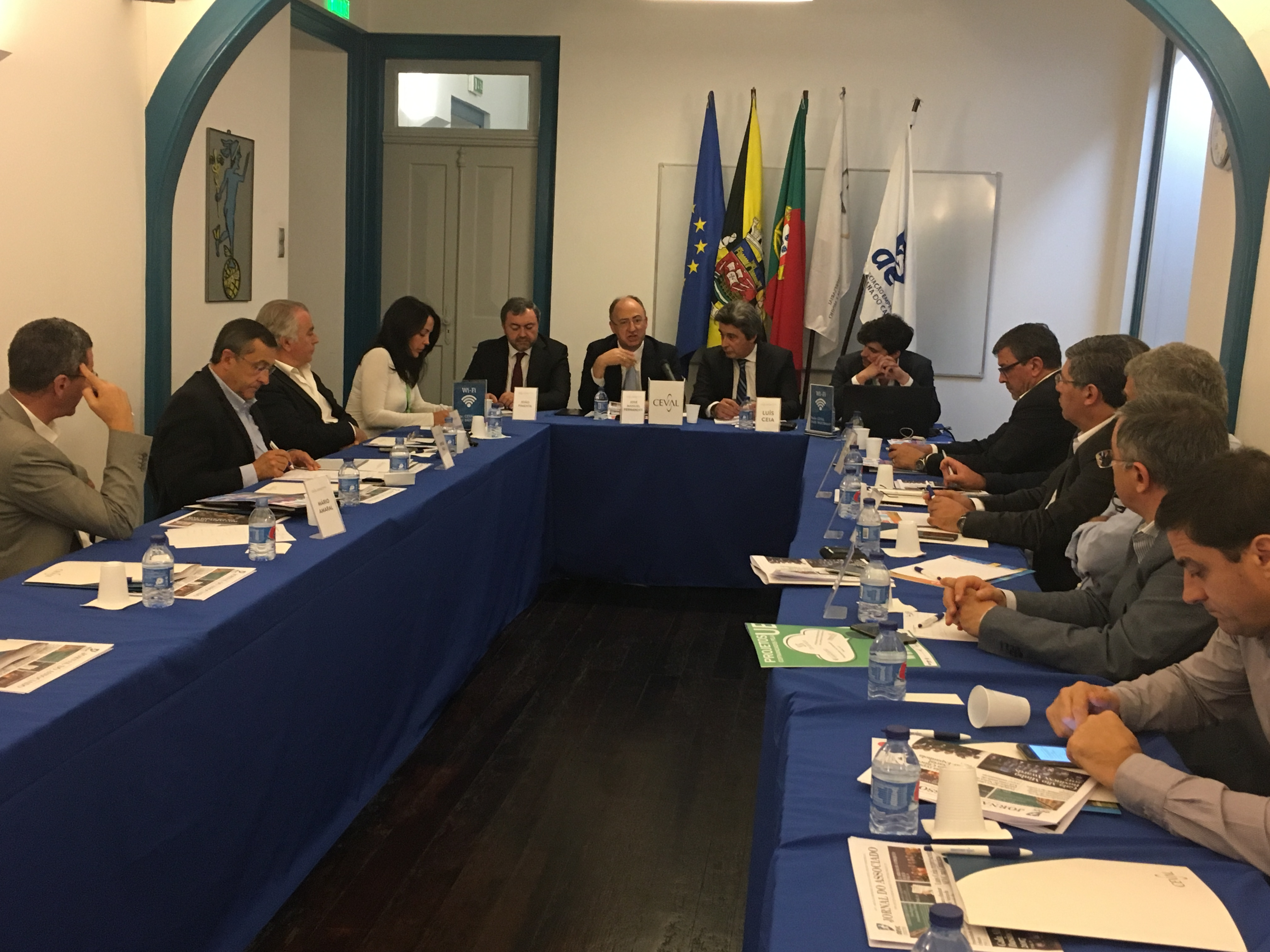 Eurodeputado José Manuel Fernandes presente no Conselho Geral da Ceval